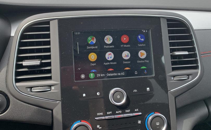 Prenovljeni Android Auto včasih nadomešča, včasih pa dodaja