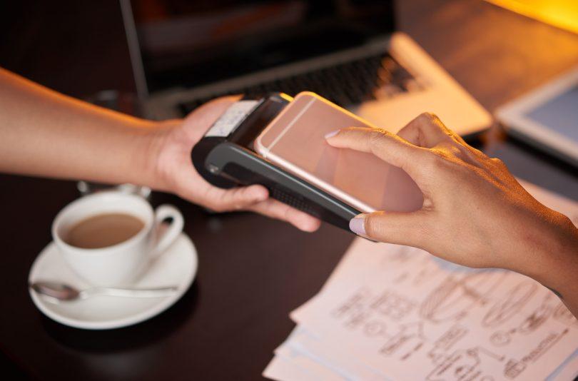 Evropska unija proti Applu še zaradi NFC-ja
