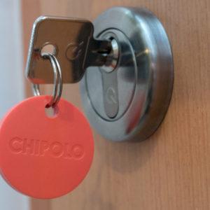 Še vedno ne vem, kaj bi z njim, a Chipolo je izboljšan in poenostavljen