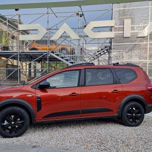 Jogger se zdi obetaven avto za preudarne kupce, toda Daciin pogled na »neuporabno« aktivno varnost ni kul
