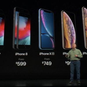 Apple je uvidel, da je iPhone predrag, Samsung menda z Galaxyjem S10 še načrtuje podražitev