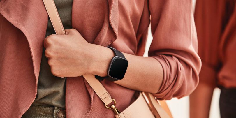 Google prevzema Fitbit, toda kaj bo z njim?
