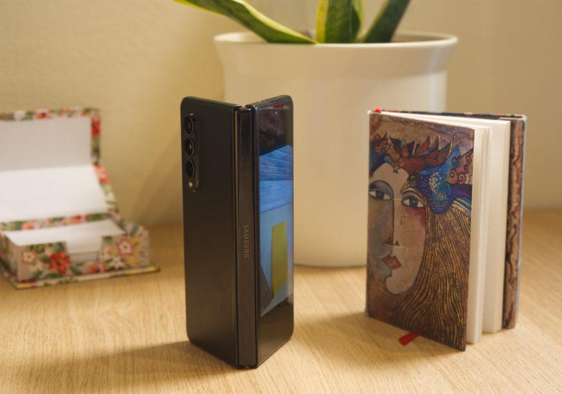 Samsung Galaxy Z Fold3: Navdušil na nepričakovanem področju (#video)