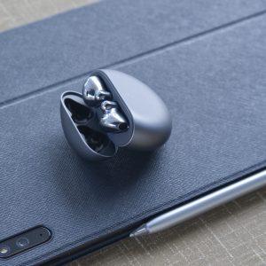 Huawei Freebuds 4: Če mi ne bi izpadale iz ušes, bi bile moje nove najljubše slušalke