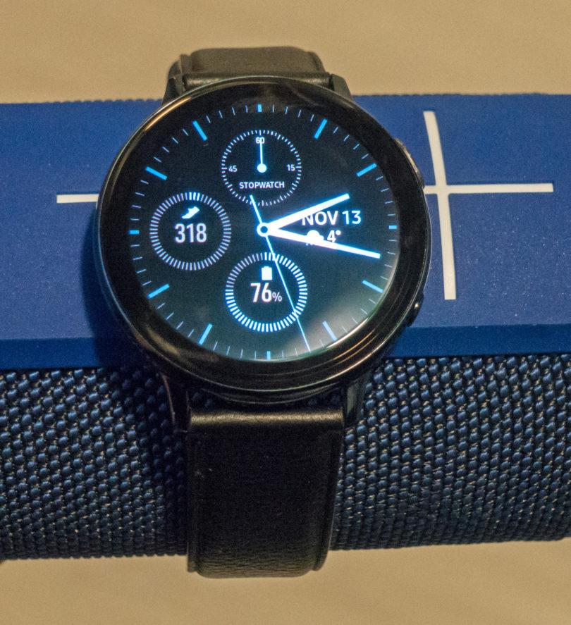 Samsung Galaxy Watch Active 2: »Aktivna« ura mora ves čas kazati podatke o vadbi!