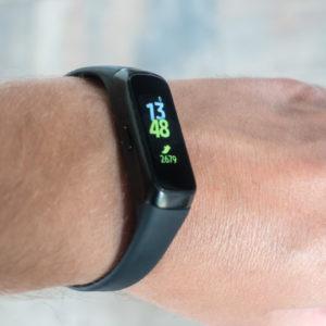 Samsung Galaxy Fit: Manj domišljavosti za boljšo zapestnico