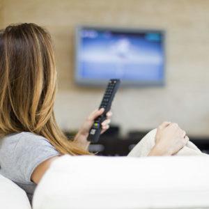 Nehajmo se slepiti, da bo prosto izbiranje »televizijskih« vsebin cenejše od operaterskih paketov