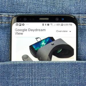 Telefonski VR je mrtev, naj živi navidezna resničnost