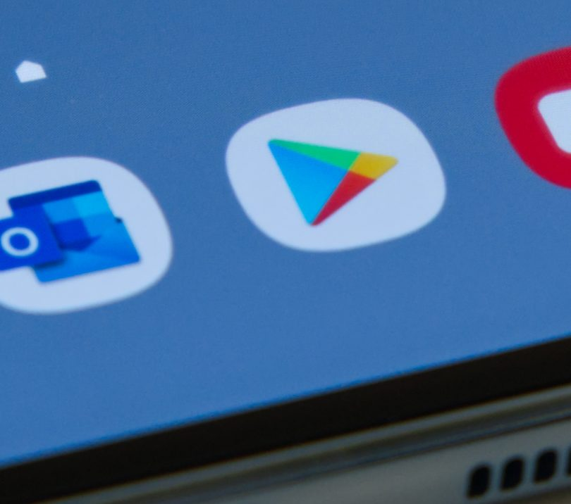 Še Google bi brez pardona »svojih« 30 odstotkov