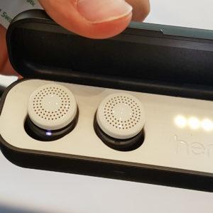 Popolnoma brezžične slušalke so v trendu