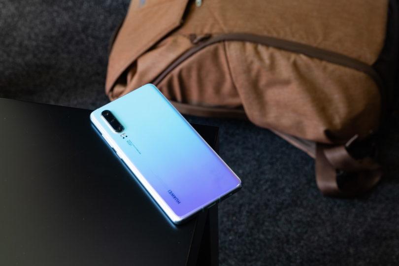 Huawei predstavil storitev »od vrat do vrat«