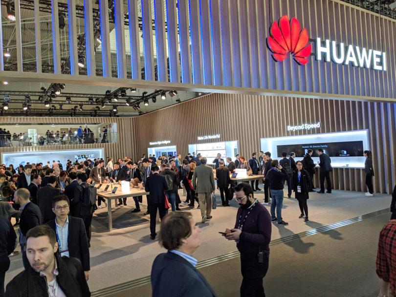Reuters poroča, da kani Google zaradi Trumpa odrezati Huawei
