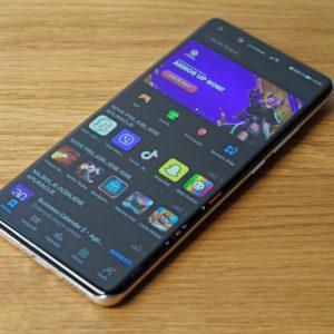 Kakšna je v resnici situacija z aplikacijami na novih telefonih Huawei in Honor? (#video)