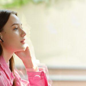 Doživite zvočno izkušnjo s slušalkami Huawei FreeBuds 3i