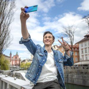 Peter Prevc postal ambasador znamke Huawei!