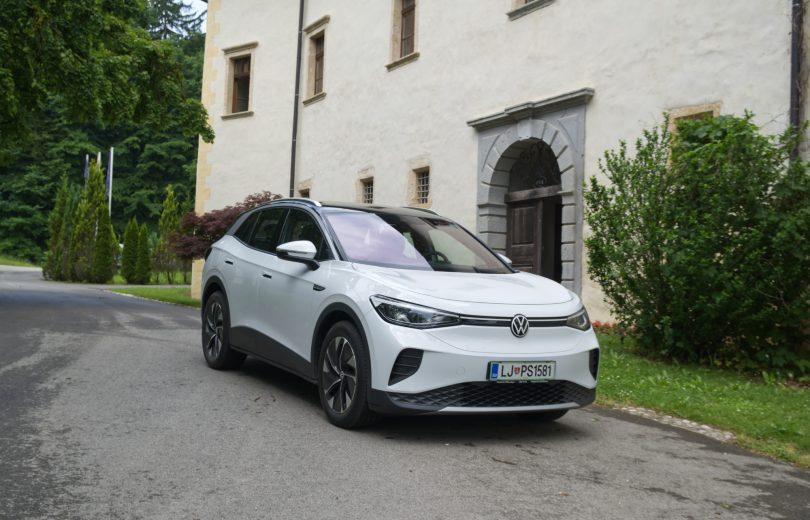 Volkswagen ID.4: Konkreten družinski prevoz na baterije (#video)