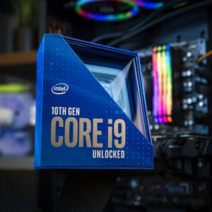 Intel s surovo močjo poskuša zadržati igričarski primat