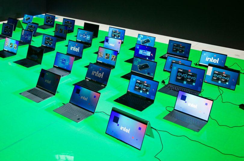 Intel nujno rabi hit, ga lahko prinesejo procesorji Alder Lake ali pa novi direktor?
