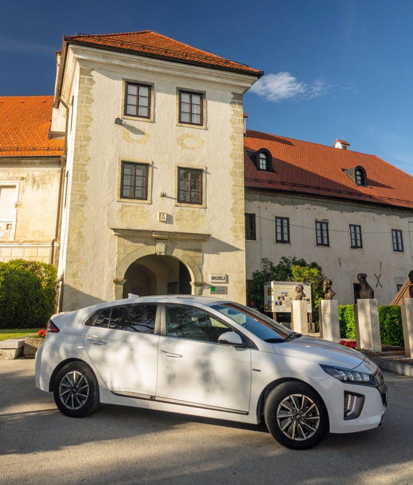 Hyundai Ioniq Electric: »Starina« še ni za odpis
