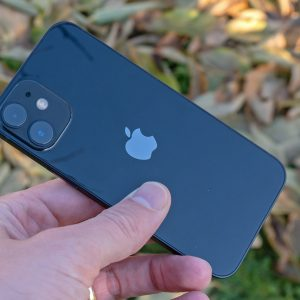 Apple iPhone 12 Mini: Vrnitev odpisanega (#video)