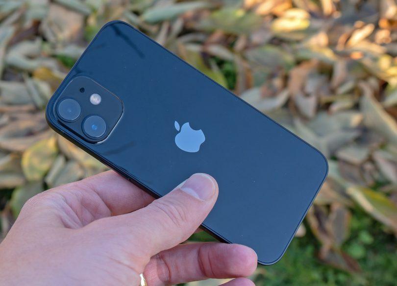 Apple iPhone 12 Mini: Vrnitev odpisanega (#video)