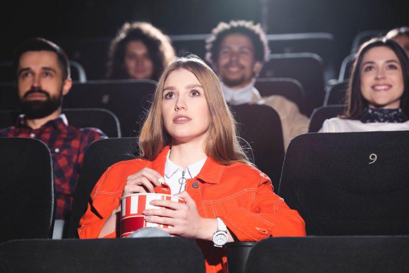 Kino se po pandemiji še bolj seli v domače dnevne sobe
