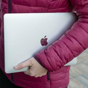Apple Macbook Air (M1): Redke pomanjkljivosti so nepomembne
