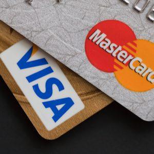 Curve in mBills zaradi malverzacij v Wirecardu ostala brez kartic
