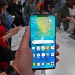 Huaweijev telefon, ki lahko zatrese establishment v zgornjem razredu (#VIDEO)