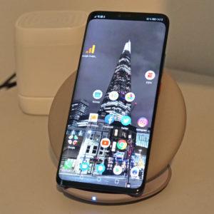 Prej je dohiteval, z Mate 20 Pro Huawei že prehiteva