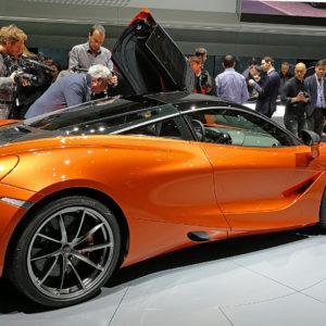 Ženevskega avtomobilskega salona ne bo niti prihodnje leto