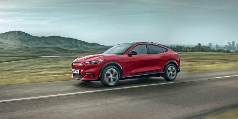 Jaguar in Ford čez nekaj let samo še na elektriko, bodo sledili še ostali?