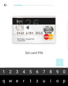 Ob prvi aktivaciji kartice komitent določi tudi njen PIN.