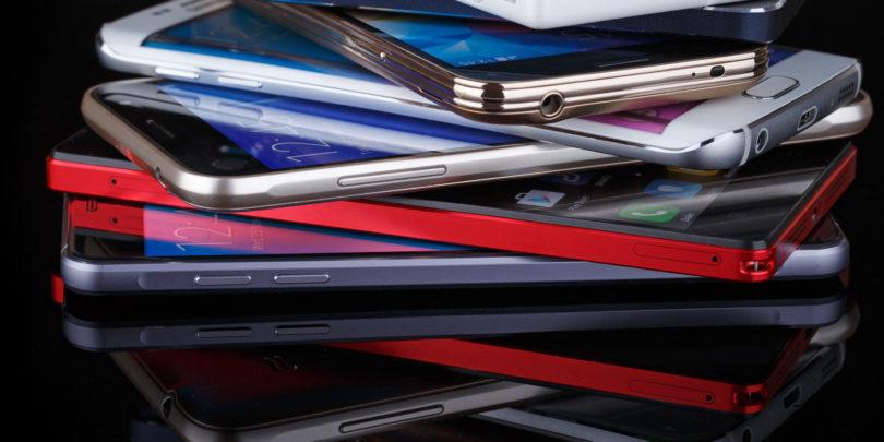 KONEC DEKADE: Deseterica najpomembnejših telefonov