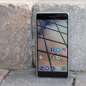 Nokia 6: Obetaven začetek za oživljeno znamko