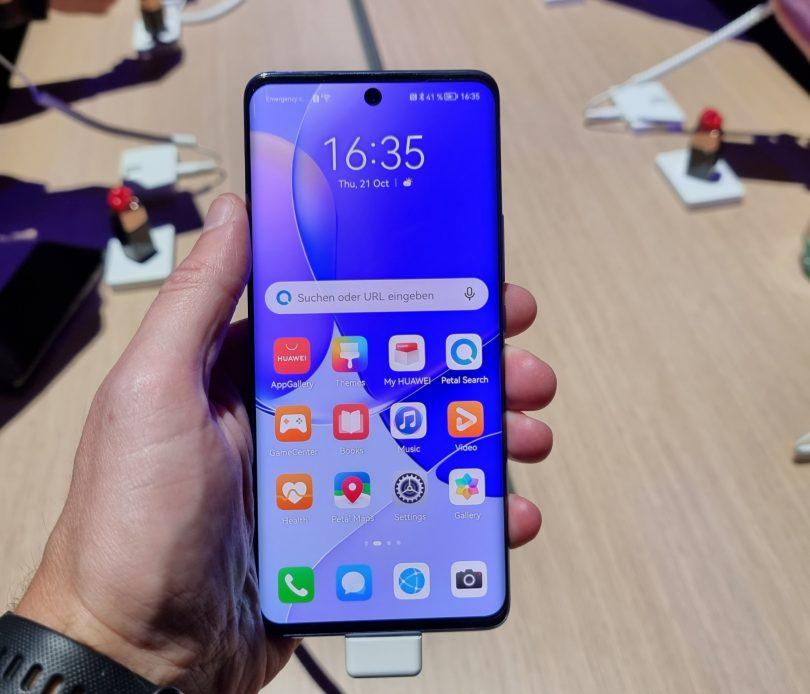 Huawei Nova 9 za mlade in moderne (#video)