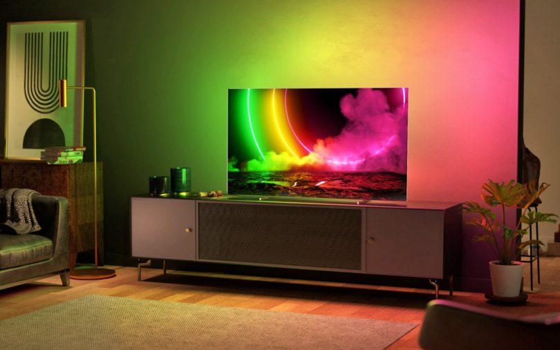 Je lanski televizor dober nakup ali naj čakam še nekaj mesecev na letošnjega?