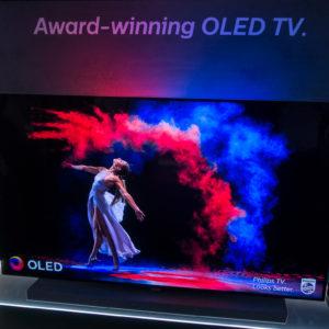Kaj prinašajo televizorji Philips z letnico 2018? #Video