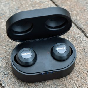 Philips TAT8505: Slušalke s skoraj vsem, kar v razredu do 200 evrov pričakujemo