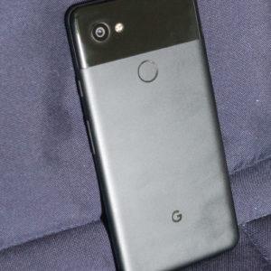 Google Pixel 2 XL: Samo za puriste, ampak zanje idealen