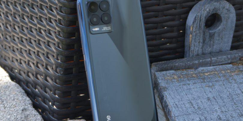 Realme 8 Pro: Tokrat fotografska izboljšava, na ostalo malo pozabili
