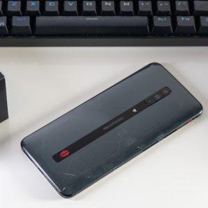 Nubia RedMagic 6S Pro, mogoče najbolj edinstven telefon ta hip (#video)