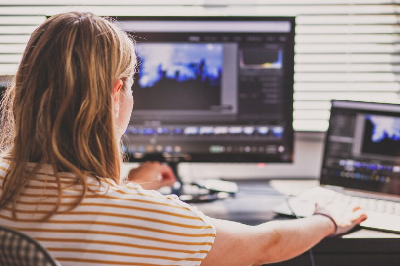 NAZAJ V ŠOLO: Cenejše in ravno tako dobre alternative programom Adobe in Microsoft