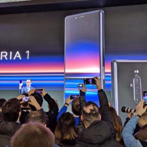 Je še kaj upanja za LG in Sony?
