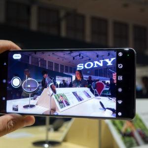 IFA 2018: Izboljšati telefon, ki ga nihče ne kupi, in slušalke, ki jih vsi hočejo