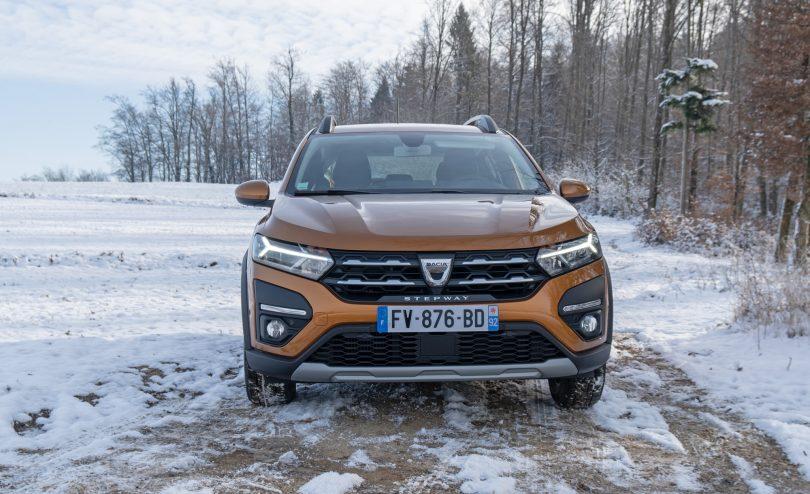 Dacia Sandero in Sandero Stepway sta povsem posodobljena in lahko ukradeta kakšnega kupca dražjim konkurentom