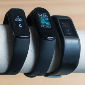 Xiaomi Mi Band 4 proti konkurenci (#VIDEO)