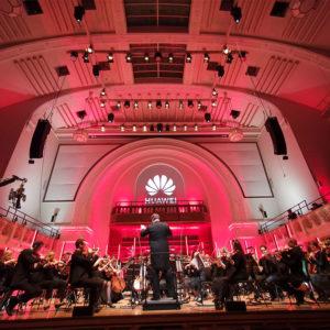 Huawei s pomočjo umetne inteligence dokončal Schubertovo Osmo simfonijo