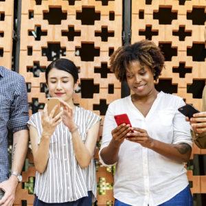 Nevarne prakse družbenih omrežij – (pre)velika pričakovanja