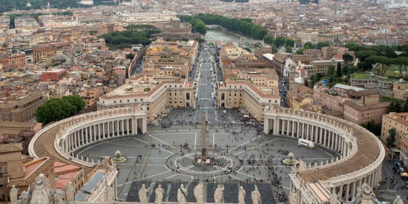 Nadobudni programerji so se zbrali v Vatikanu